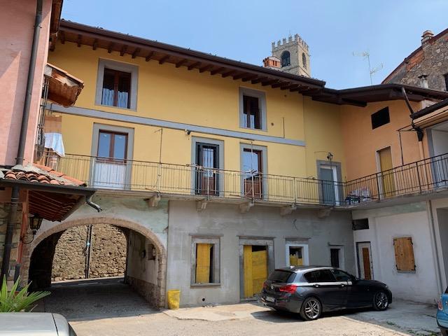 Vendita Bilocale Appartamento Adro 35088
