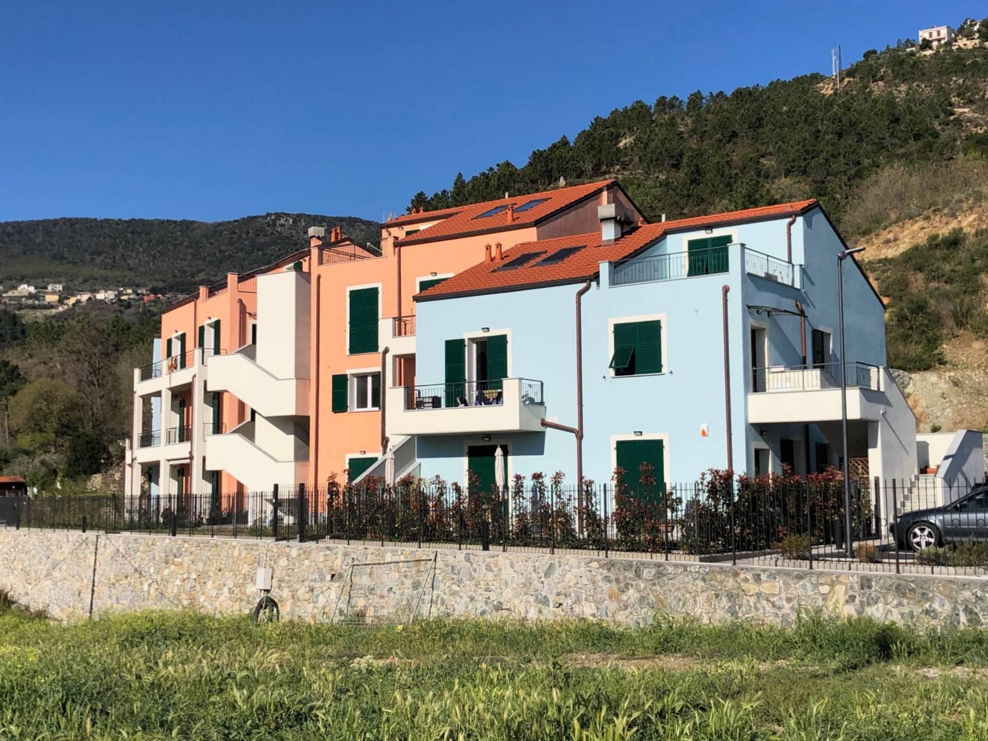 Appartamento in vendita a Spotorno, 3 locali, prezzo € 205.000   CambioCasa.it