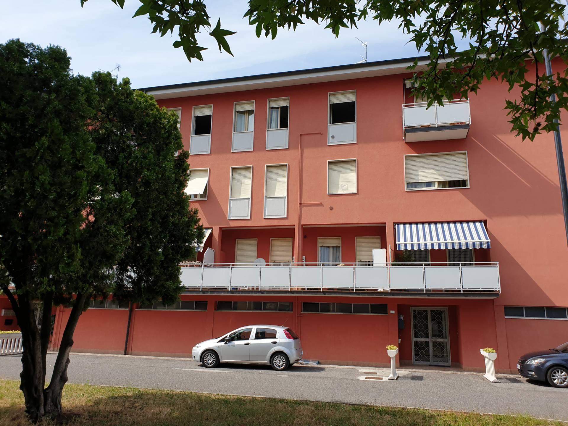 Appartamento in vendita a Palazzolo sull'Oglio, 3 locali, prezzo € 79.900 | PortaleAgenzieImmobiliari.it