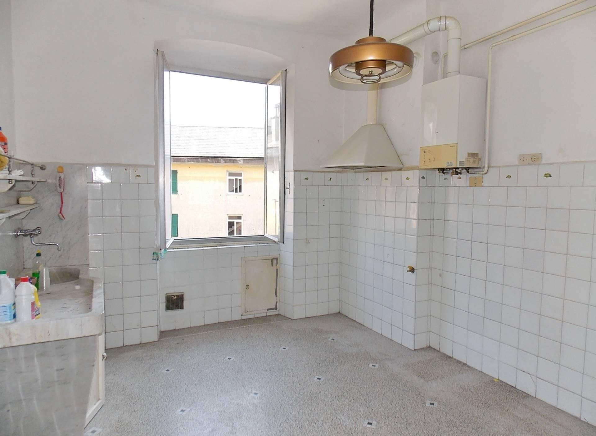 Appartamenti genova san teodoro in vendita for Bel soggiorno genova