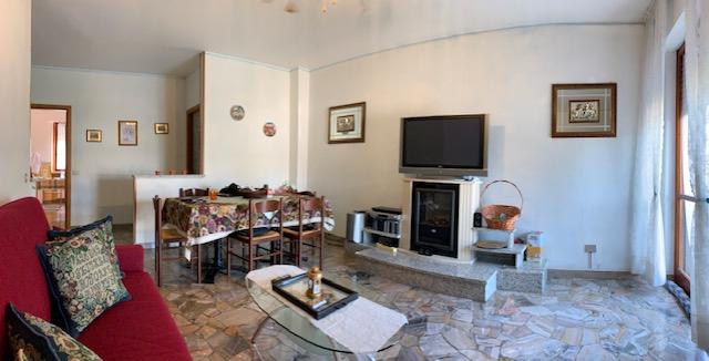 Appartamento in vendita a Grumello del Monte, 4 locali, prezzo € 98.000 | CambioCasa.it