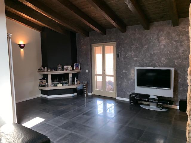 Appartamento in vendita a Coccaglio, 3 locali, prezzo € 209.900 | CambioCasa.it