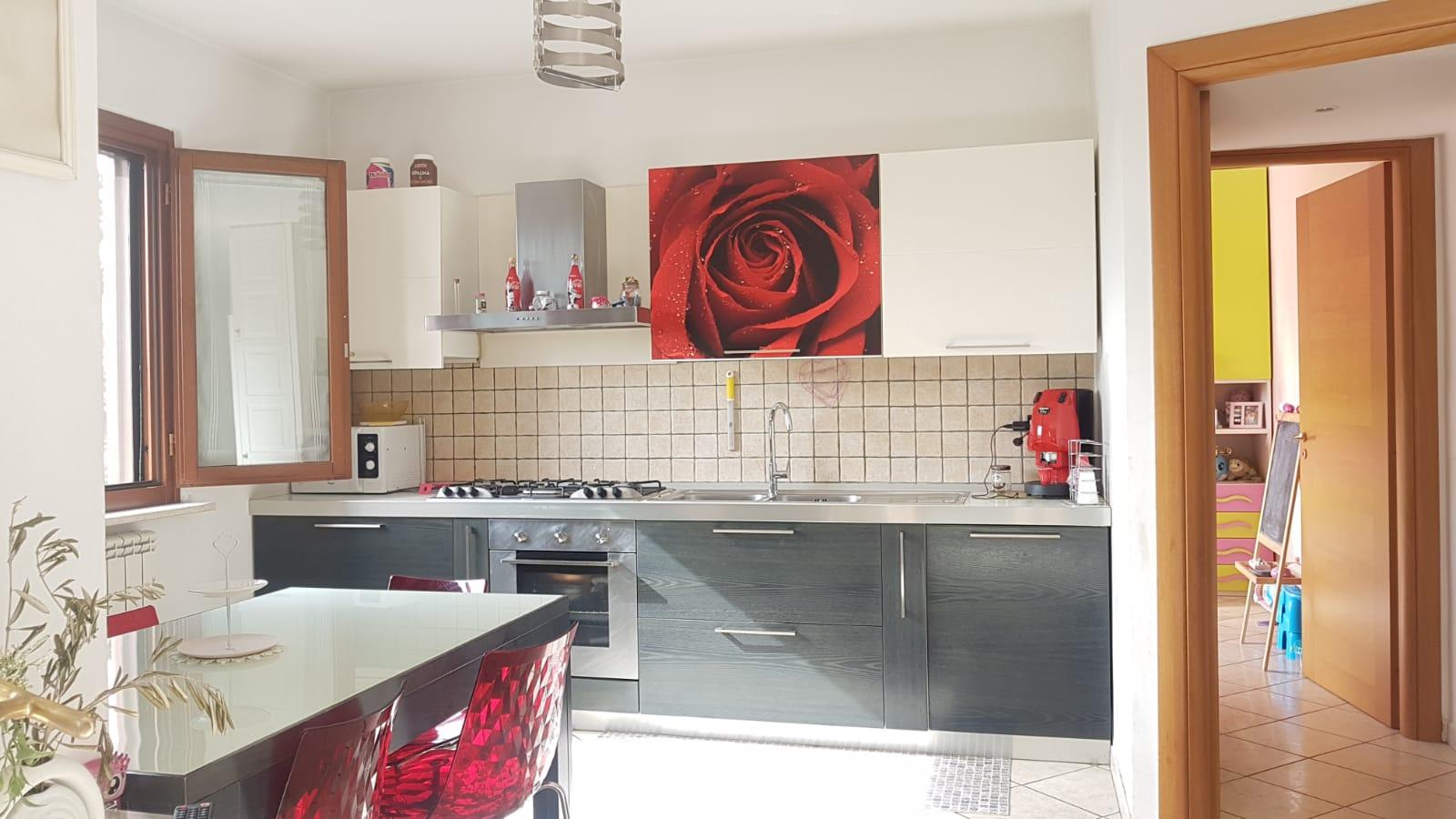 Appartamento in vendita a Nola, 3 locali, prezzo € 160.000   CambioCasa.it