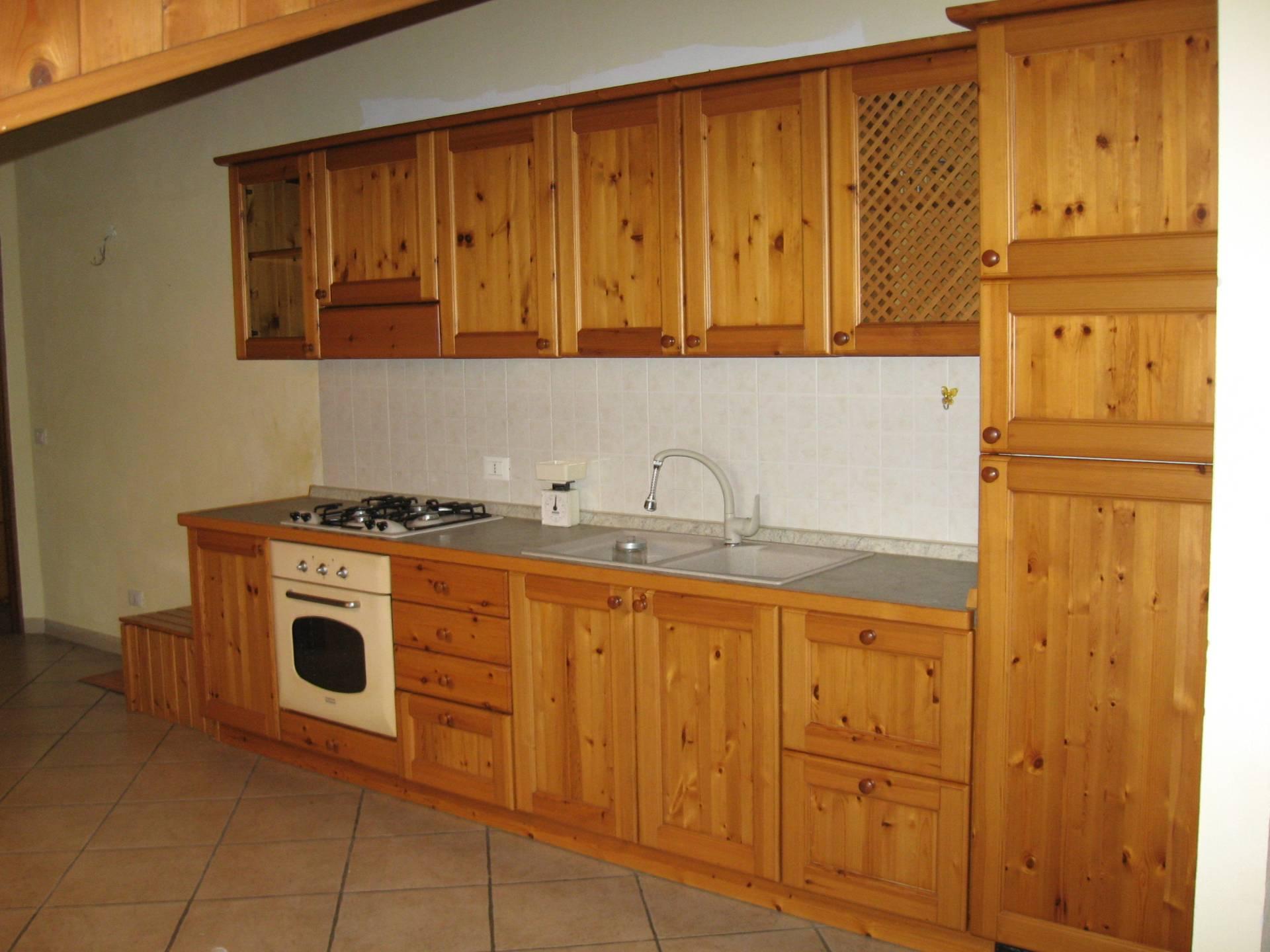 Appartamento in vendita Via Monte Cervino Arcore