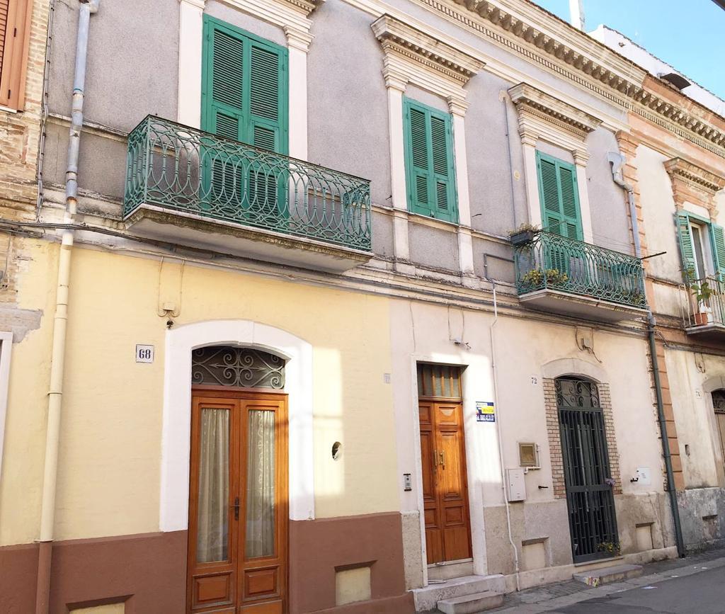 Soluzione Indipendente in vendita a San Severo, 7 locali, prezzo € 115.000 | CambioCasa.it