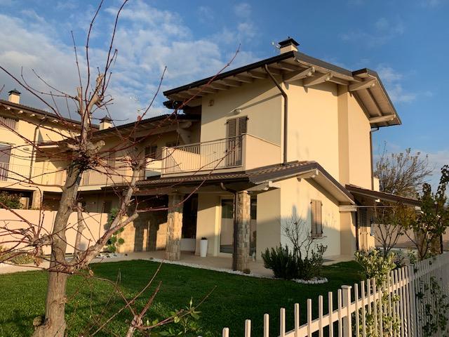 VILLETTA in Vendita a Cividino, Castelli Calepio (BERGAMO)