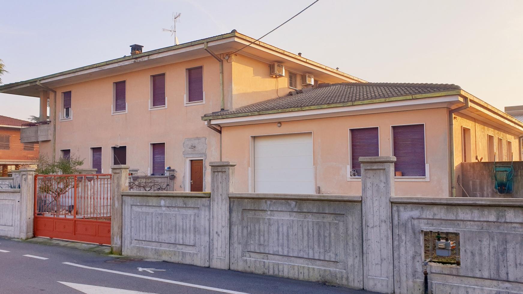 Villa Bifamiliare in vendita a Ospitaletto, 2 locali, prezzo € 68.000   PortaleAgenzieImmobiliari.it