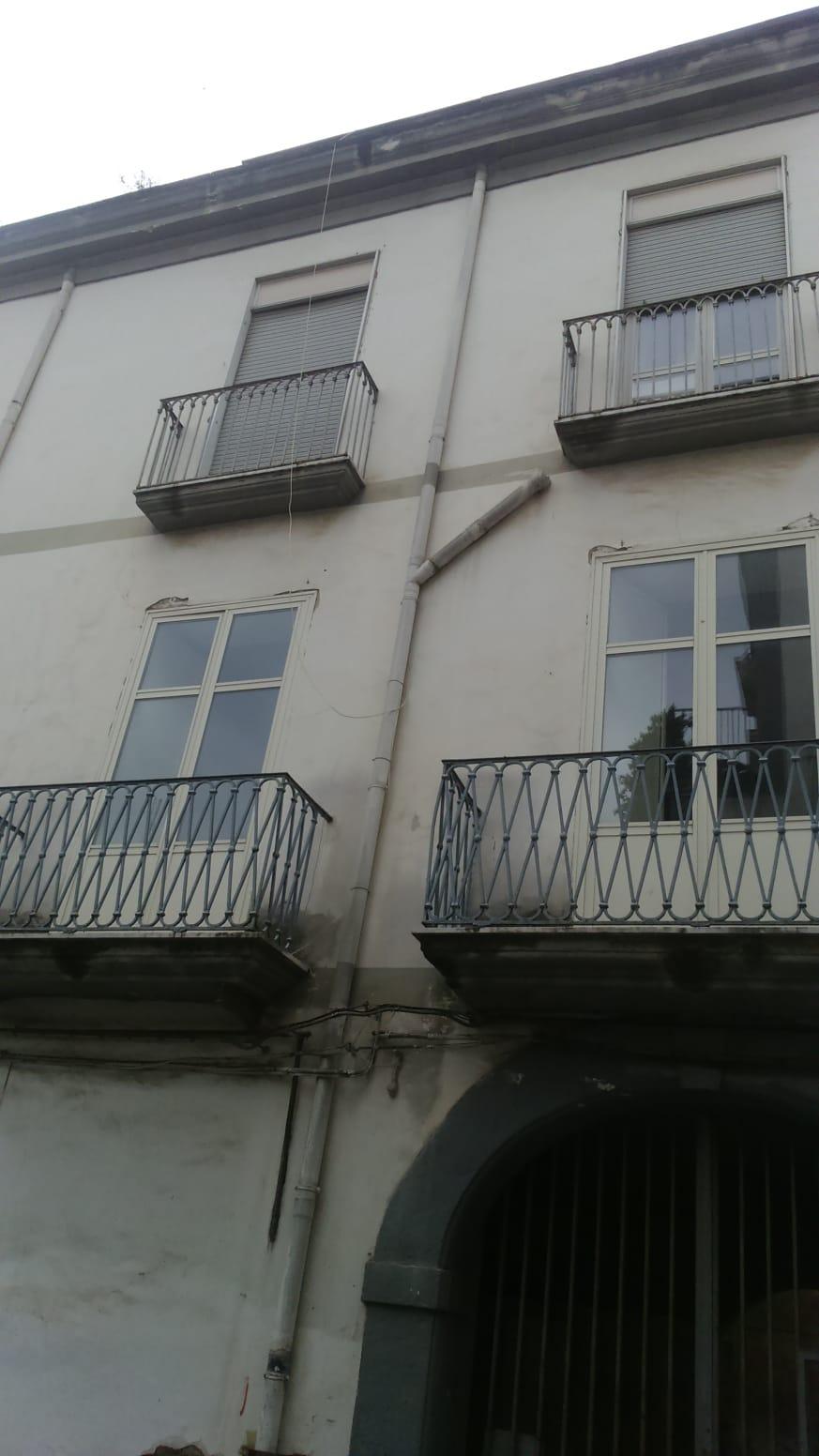Appartamento in vendita a Marigliano, 2 locali, prezzo € 35.000 | PortaleAgenzieImmobiliari.it