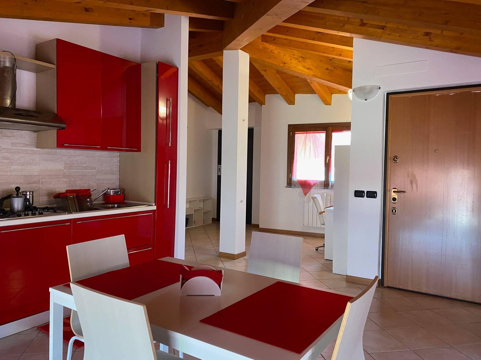 Appartamento in vendita a Palosco, 3 locali, prezzo € 75.000 | PortaleAgenzieImmobiliari.it