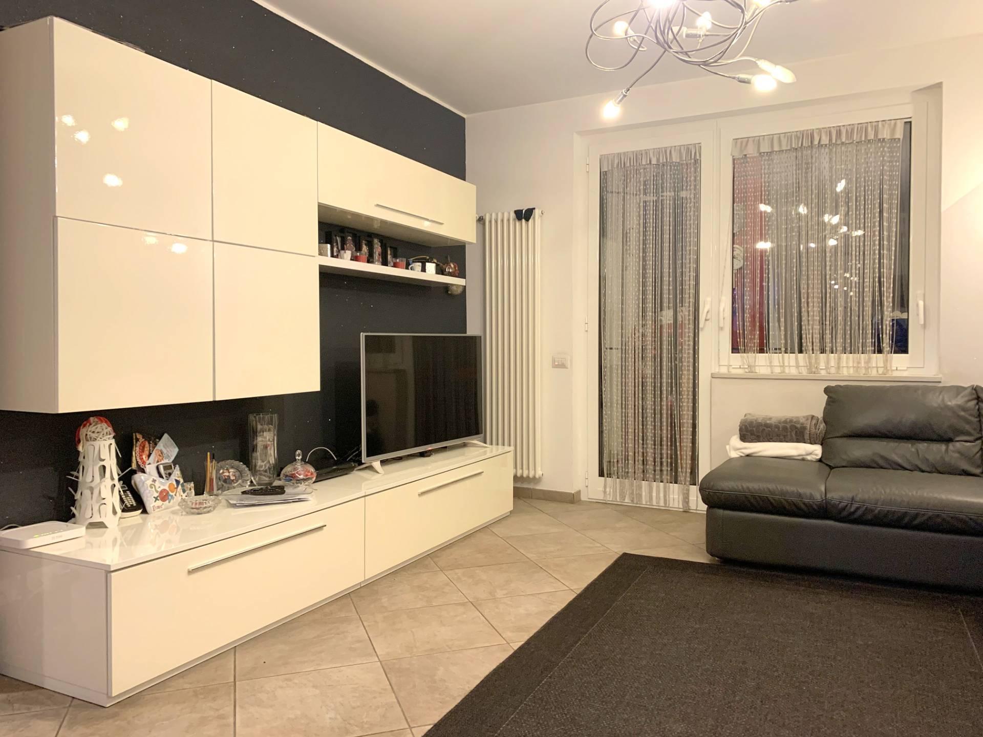 Appartamento in vendita a Albissola Marina, 7 locali, prezzo € 350.000   PortaleAgenzieImmobiliari.it