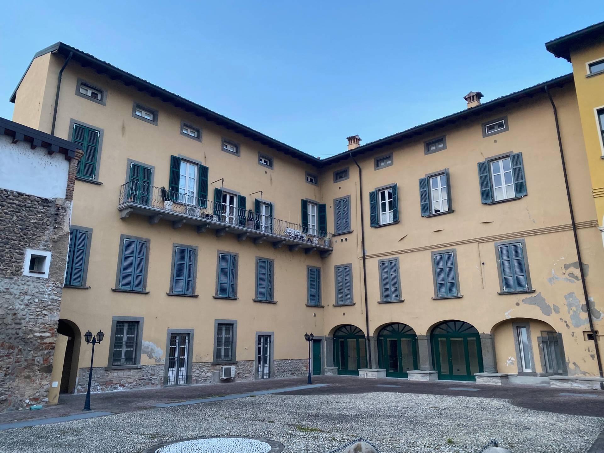 Ufficio / Studio in vendita a Palazzolo sull'Oglio, 9999 locali, prezzo € 52.000 | PortaleAgenzieImmobiliari.it