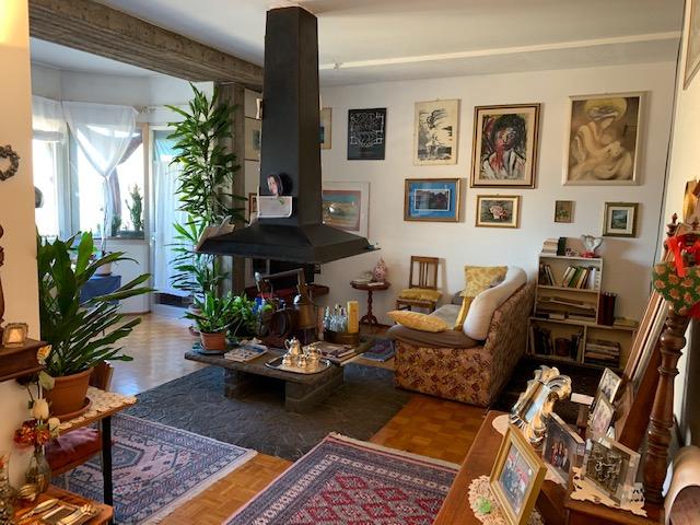 Appartamento in vendita a Rovato, 4 locali, prezzo € 105.000 | CambioCasa.it