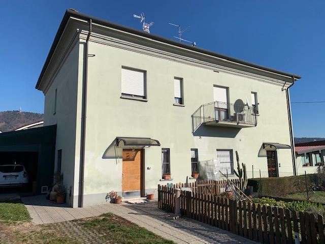 Appartamento in vendita a Cologne, 3 locali, prezzo € 95.000 | CambioCasa.it