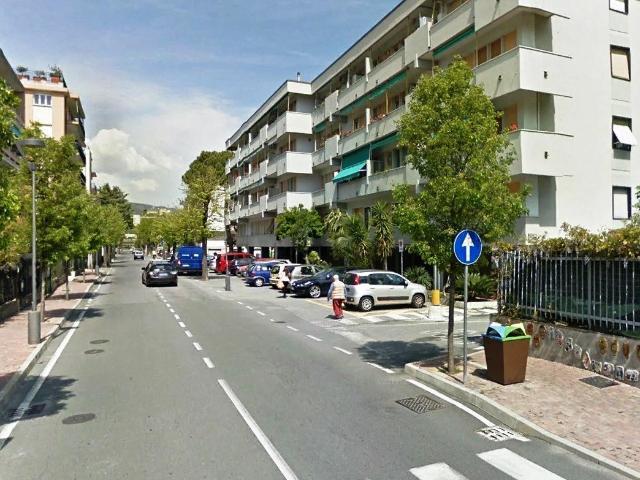 Magazzino in vendita a Albissola Marina, 9999 locali, prezzo € 75.000 | PortaleAgenzieImmobiliari.it
