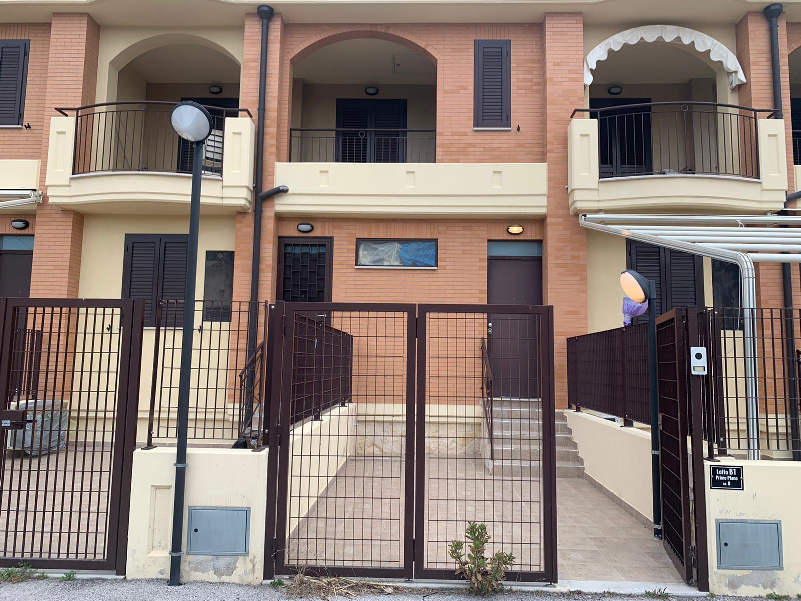 Appartamento in vendita a Campomarino, 4 locali, zona Località: LidodiCampomarino, prezzo € 105.000 | PortaleAgenzieImmobiliari.it