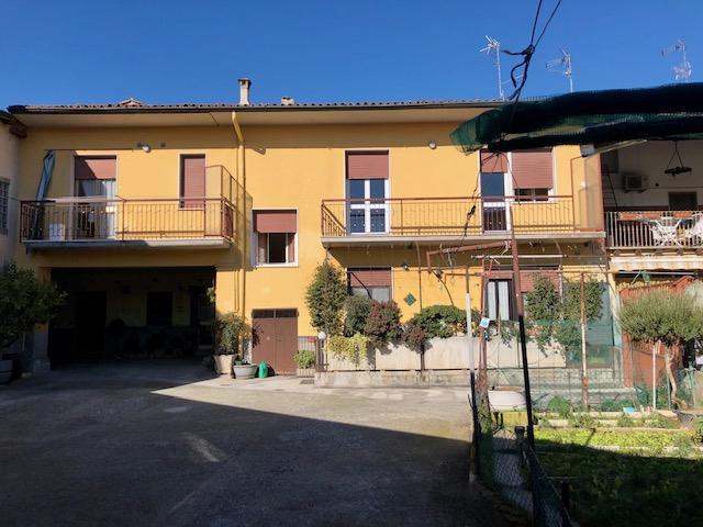 Appartamento in affitto a Rovato, 3 locali, prezzo € 550 | CambioCasa.it