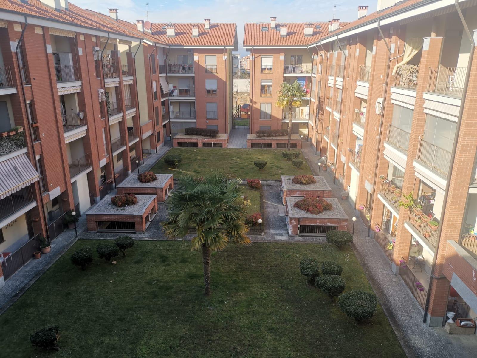 Appartamento in vendita a Borgaro Torinese, 6 locali, prezzo € 279.000 | CambioCasa.it