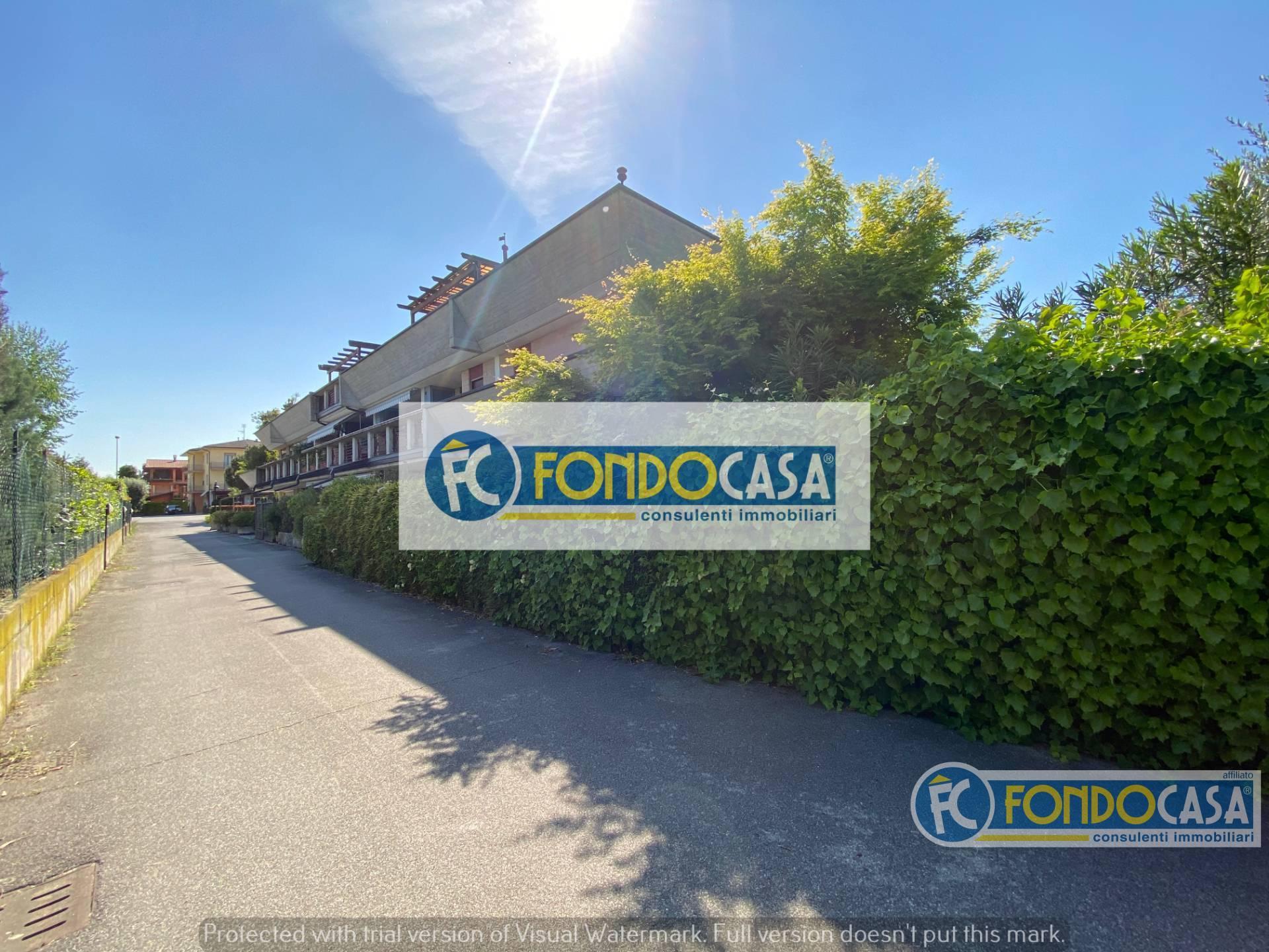 Appartamento in vendita a Sirmione, 3 locali, zona Zona: Lugana, prezzo € 349.900 | CambioCasa.it