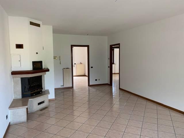 Appartamento in vendita a Cologne, 3 locali, Trattative riservate | PortaleAgenzieImmobiliari.it