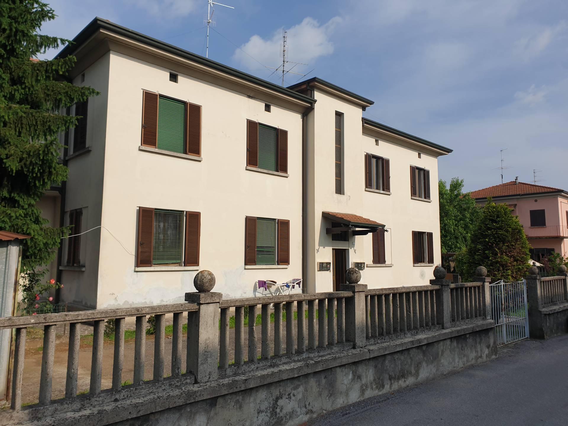 Appartamento in vendita a Palazzolo sull'Oglio, 3 locali, prezzo € 89.900 | PortaleAgenzieImmobiliari.it