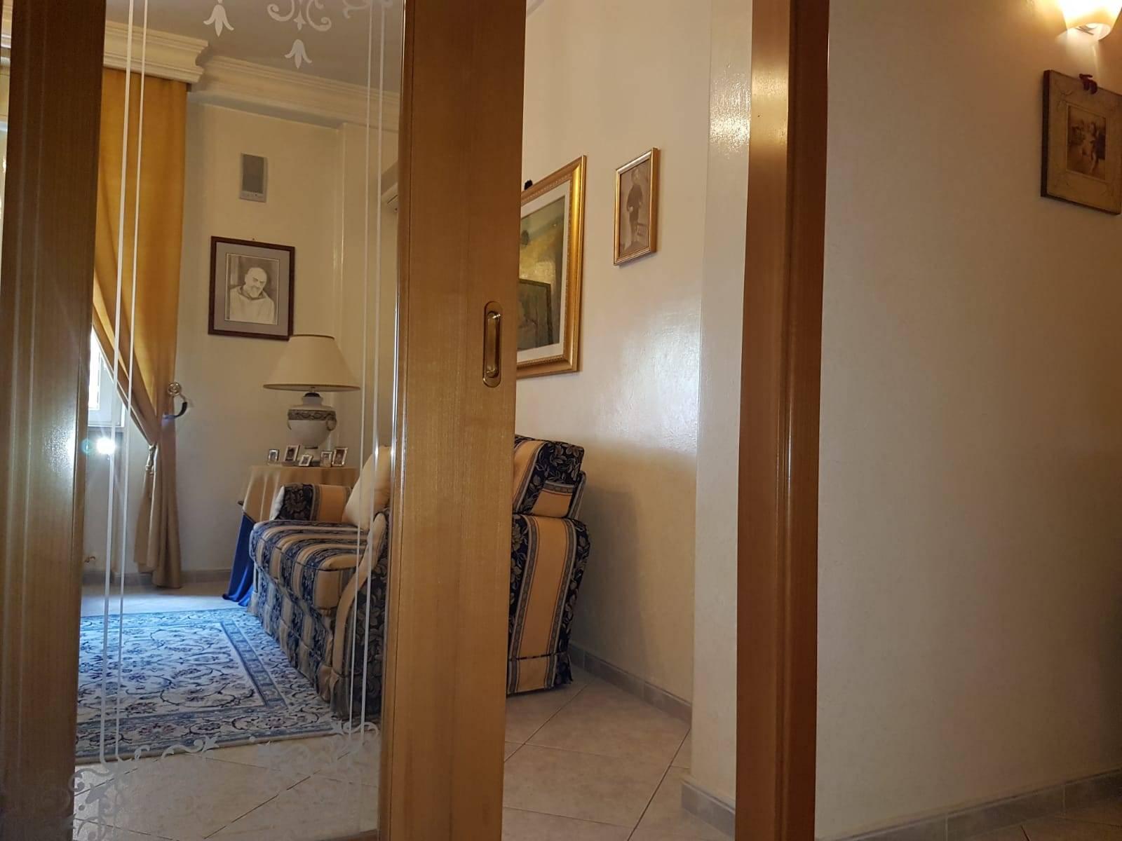 Appartamento in vendita a San Severo, 5 locali, prezzo € 109.000 | CambioCasa.it