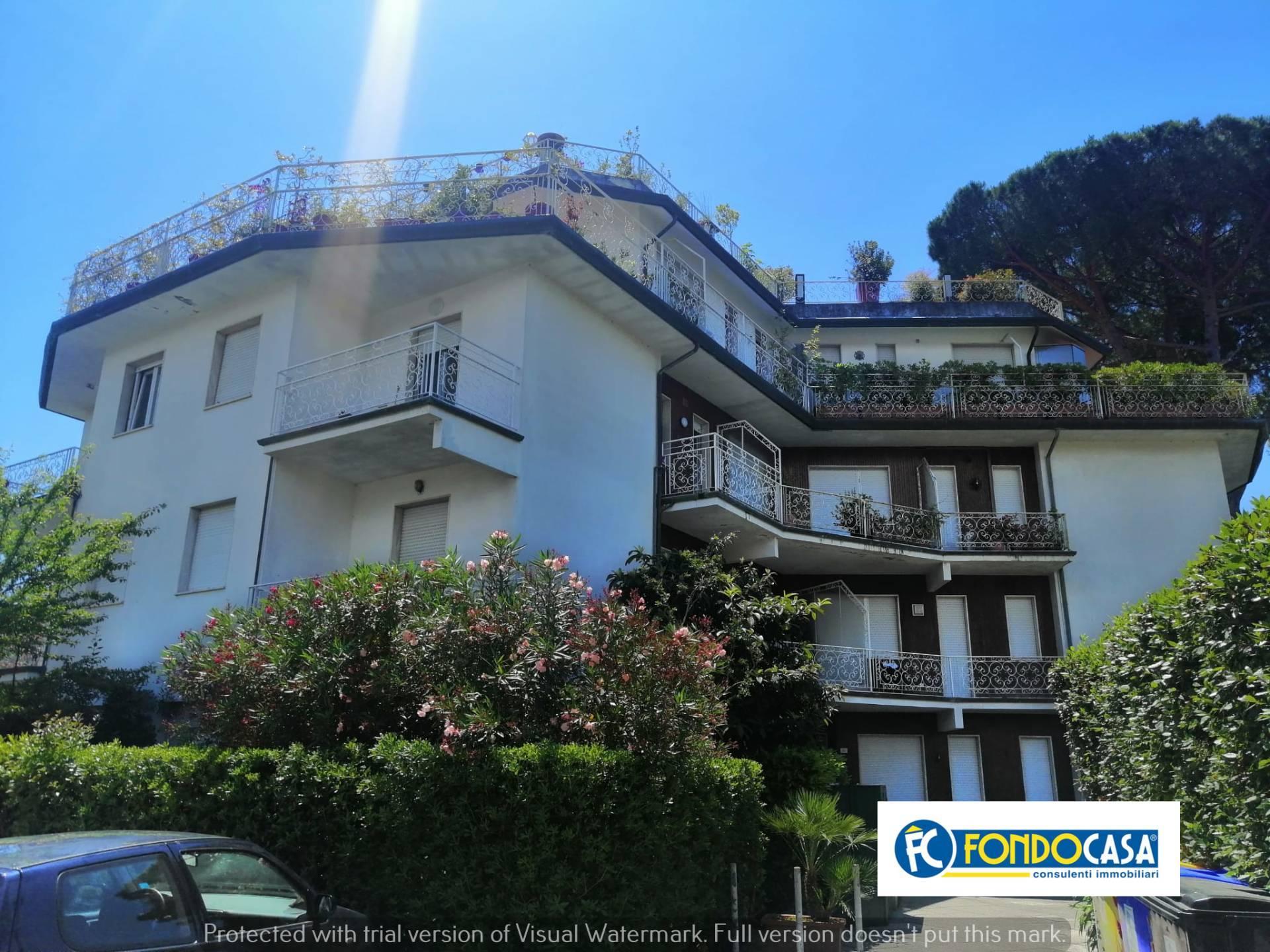 Attico / Mansarda in vendita a Montignoso, 4 locali, prezzo € 449.000 | PortaleAgenzieImmobiliari.it