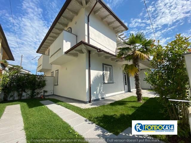 Appartamento in vendita a Montignoso, 3 locali, zona uale, Trattative riservate | PortaleAgenzieImmobiliari.it