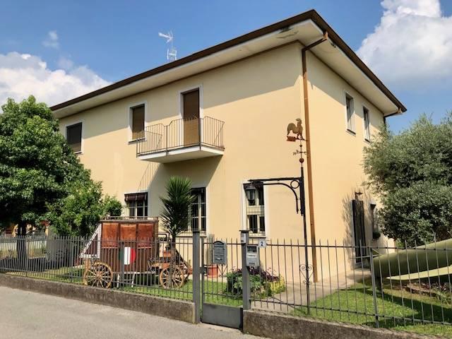 Appartamento in vendita a Coccaglio, 5 locali, prezzo € 168.000 | PortaleAgenzieImmobiliari.it