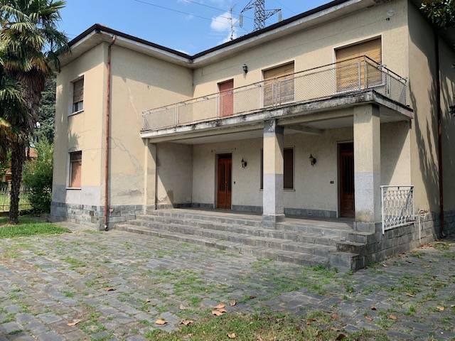 VILLA in Vendita a Sant'Andrea, Rovato (BRESCIA)