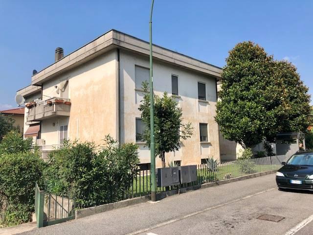 Appartamento in vendita a Coccaglio, 3 locali, prezzo € 105.000 | CambioCasa.it