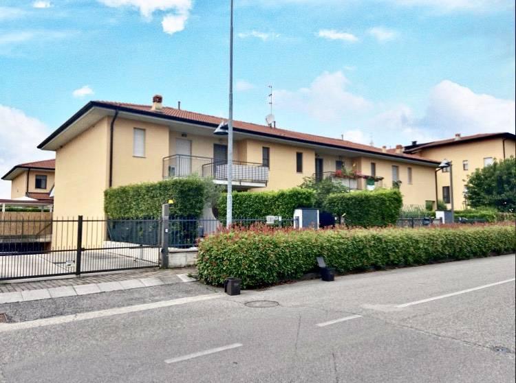 Villa a Schiera in vendita a Palazzolo sull'Oglio, 4 locali, prezzo € 195.000 | PortaleAgenzieImmobiliari.it