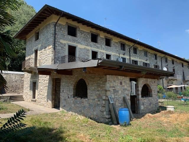 Soluzione Indipendente in vendita a Castelli Calepio, 7 locali, prezzo € 259.900 | PortaleAgenzieImmobiliari.it