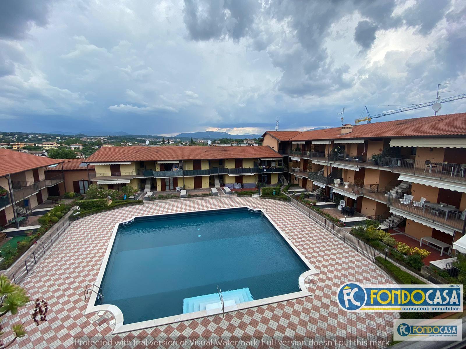 Appartamento in vendita a Moniga del Garda, 3 locali, prezzo € 239.000 | CambioCasa.it