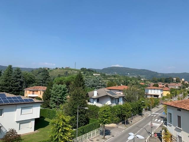 Appartamento in vendita a Grumello del Monte, 3 locali, prezzo € 66.500 | CambioCasa.it