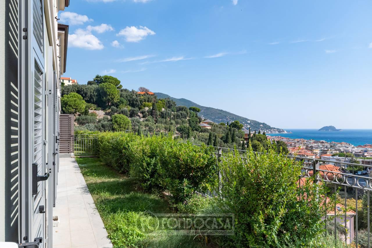 Appartamento in vendita a Alassio, 5 locali, prezzo € 650.000 | PortaleAgenzieImmobiliari.it