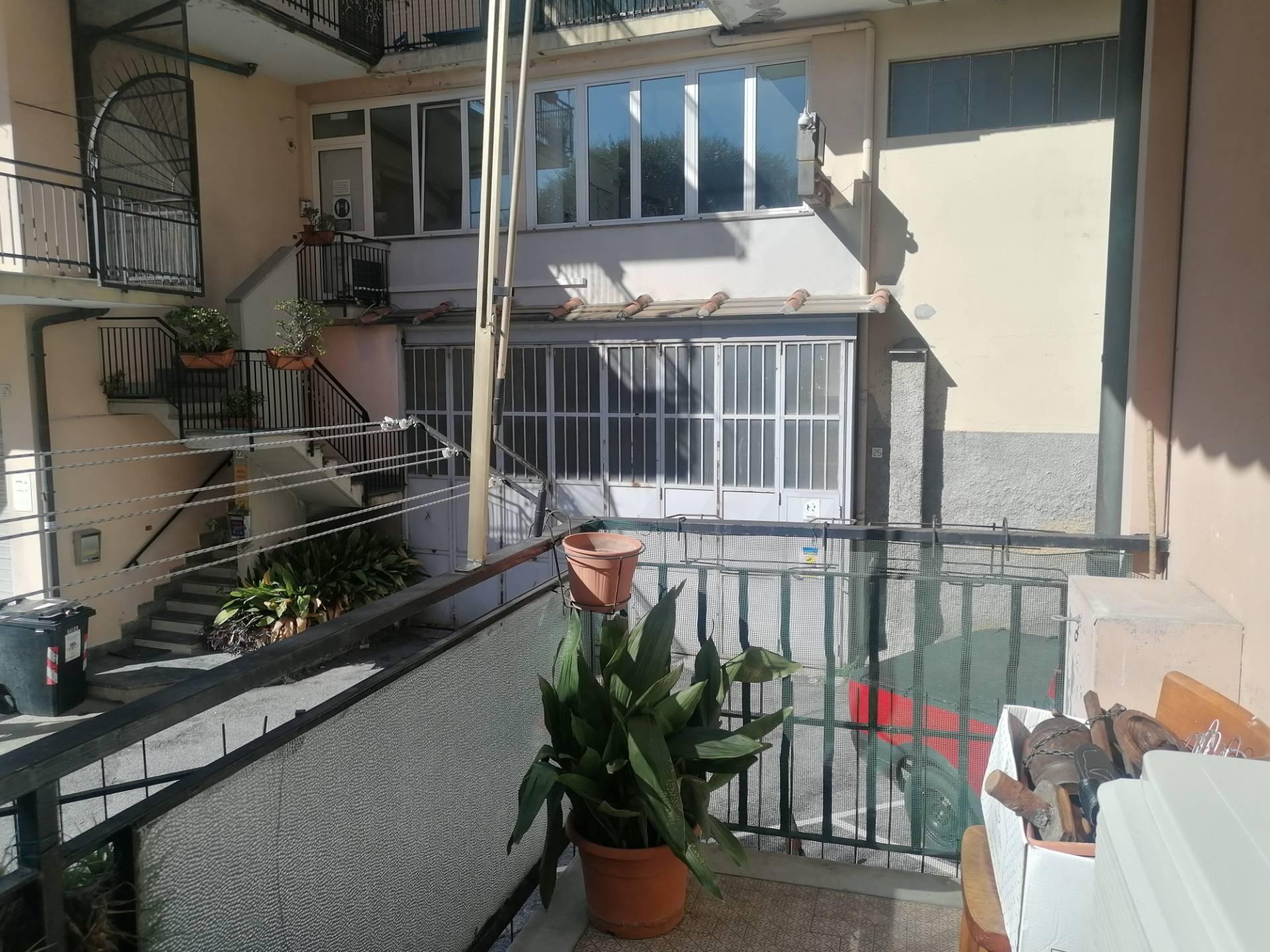 Appartamento in affitto a Cogoleto, 3 locali, prezzo € 650 | CambioCasa.it
