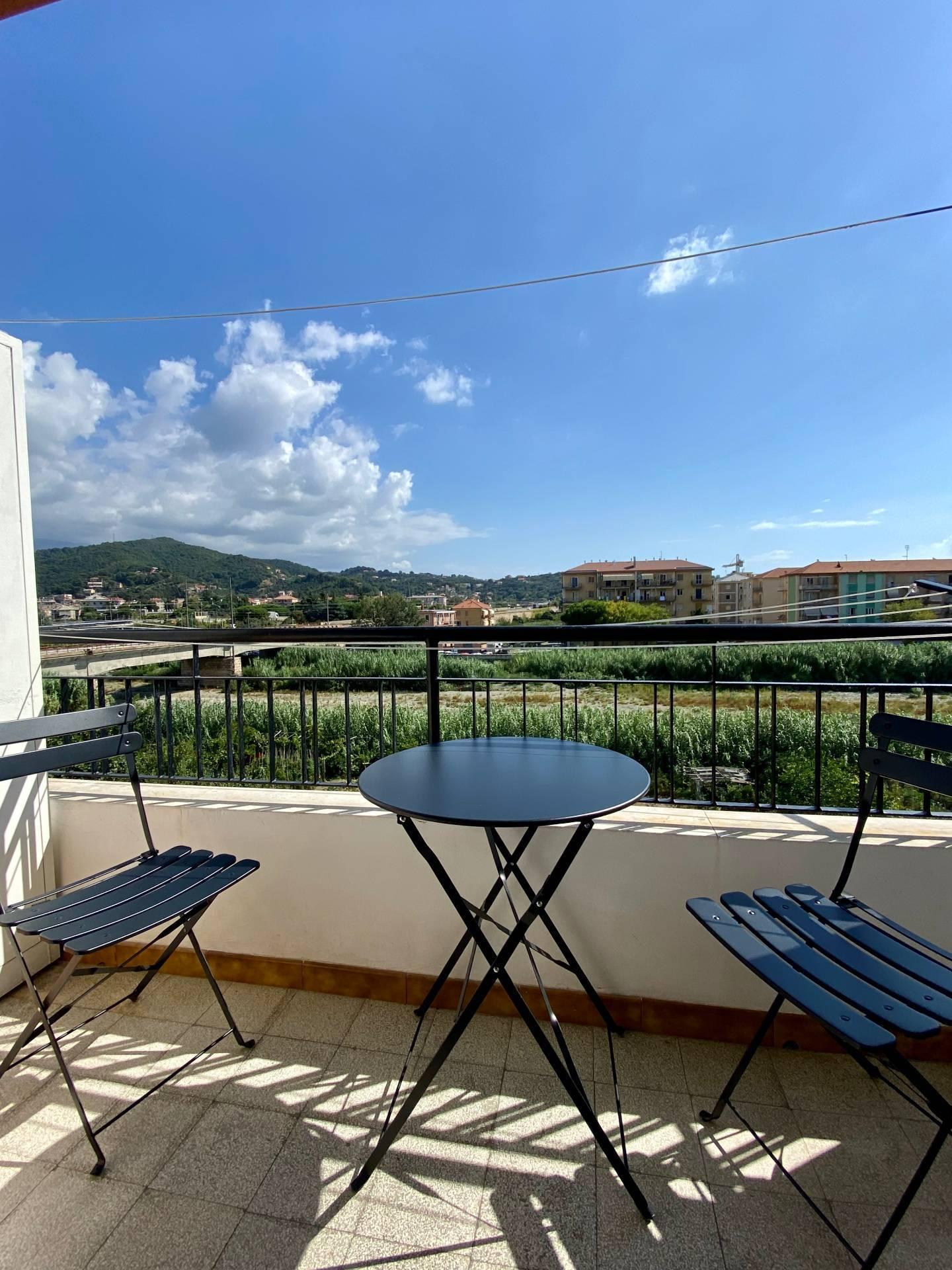 Appartamento in affitto a Albissola Marina, 3 locali, prezzo € 1.300 | PortaleAgenzieImmobiliari.it