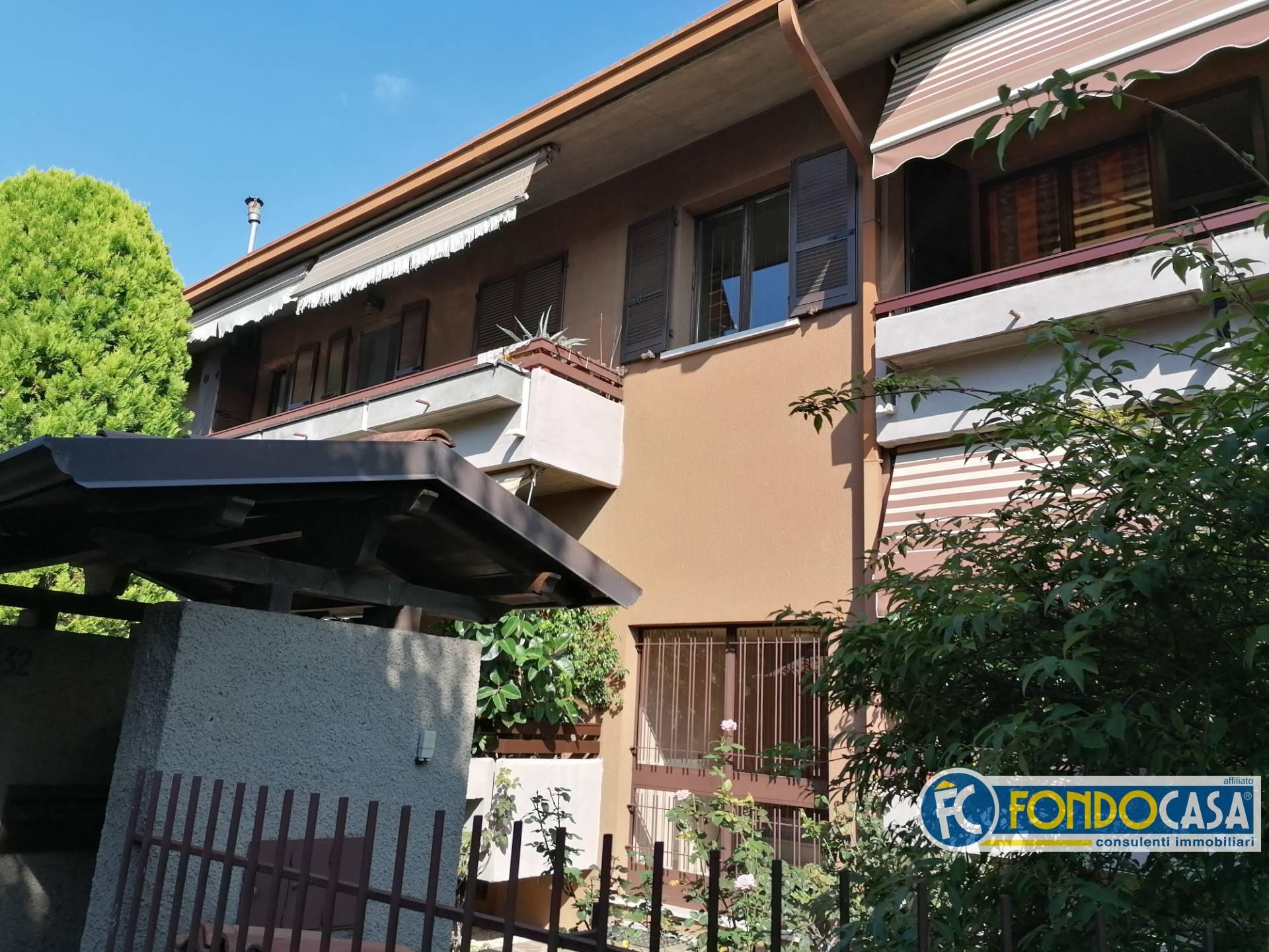 Appartamento in vendita a Rezzato, 3 locali, prezzo € 124.900 | CambioCasa.it
