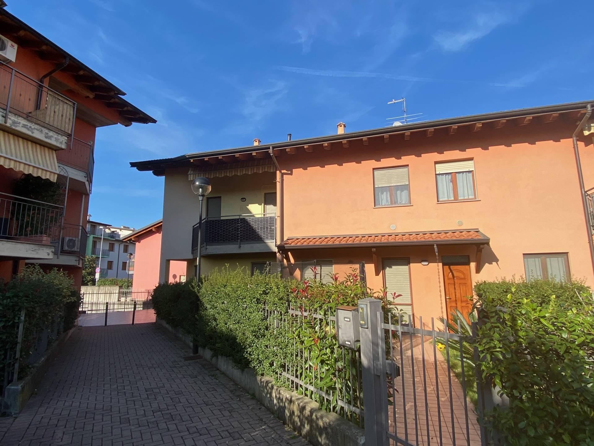Appartamento in vendita a Cologne, 5 locali, prezzo € 139.000 | PortaleAgenzieImmobiliari.it