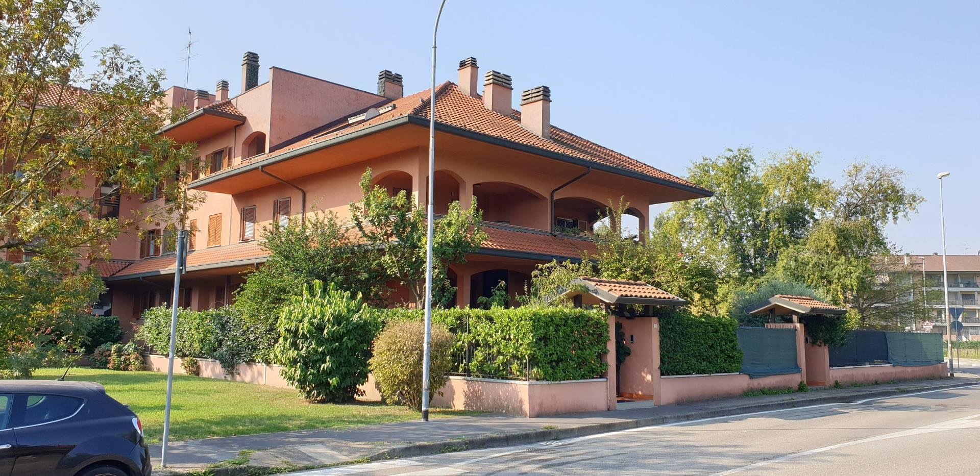 Villa in vendita a Opera, 5 locali, prezzo € 510.000 | PortaleAgenzieImmobiliari.it