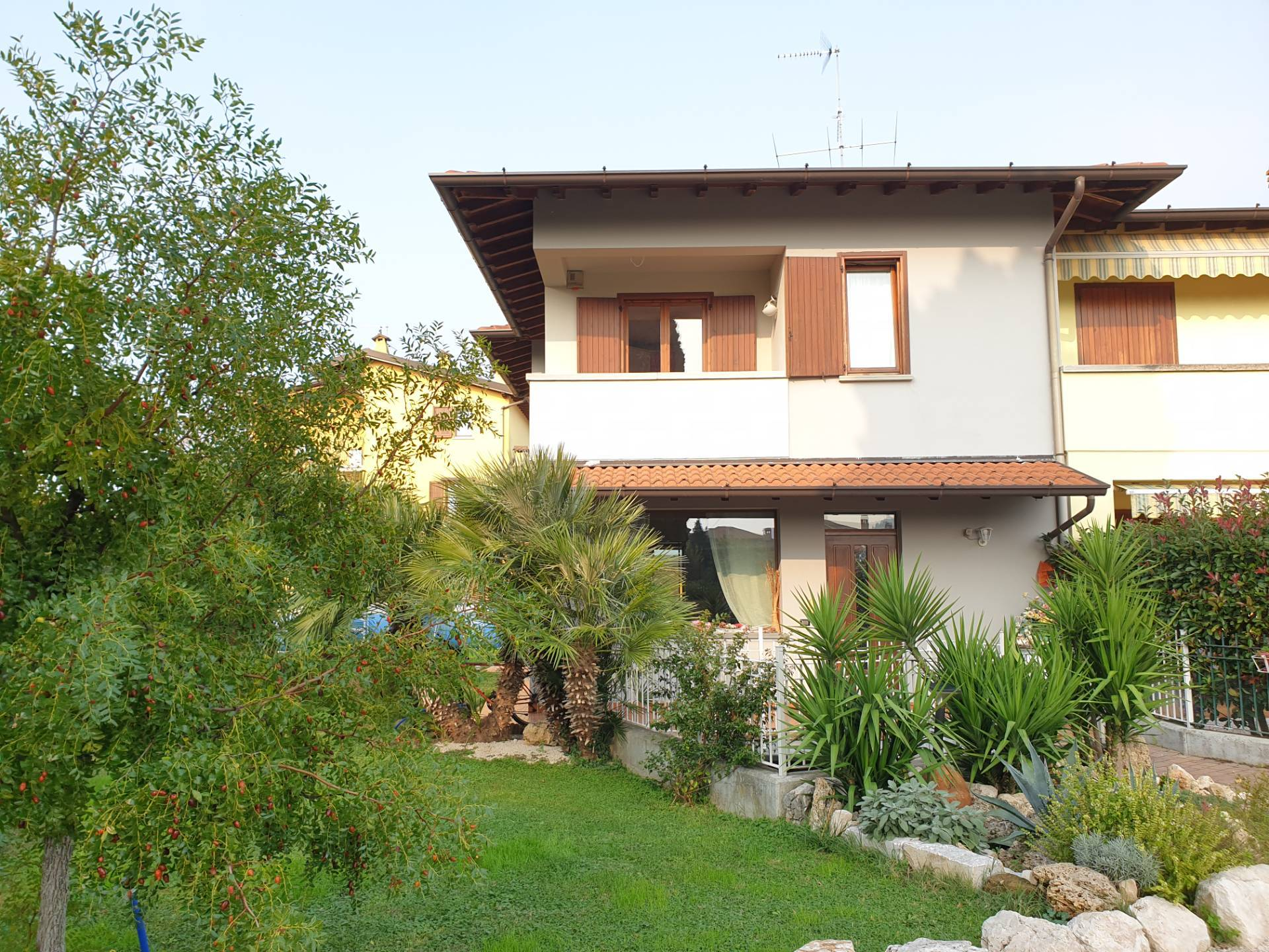 Villa Bifamiliare in vendita a Cologne, 7 locali, Trattative riservate | PortaleAgenzieImmobiliari.it