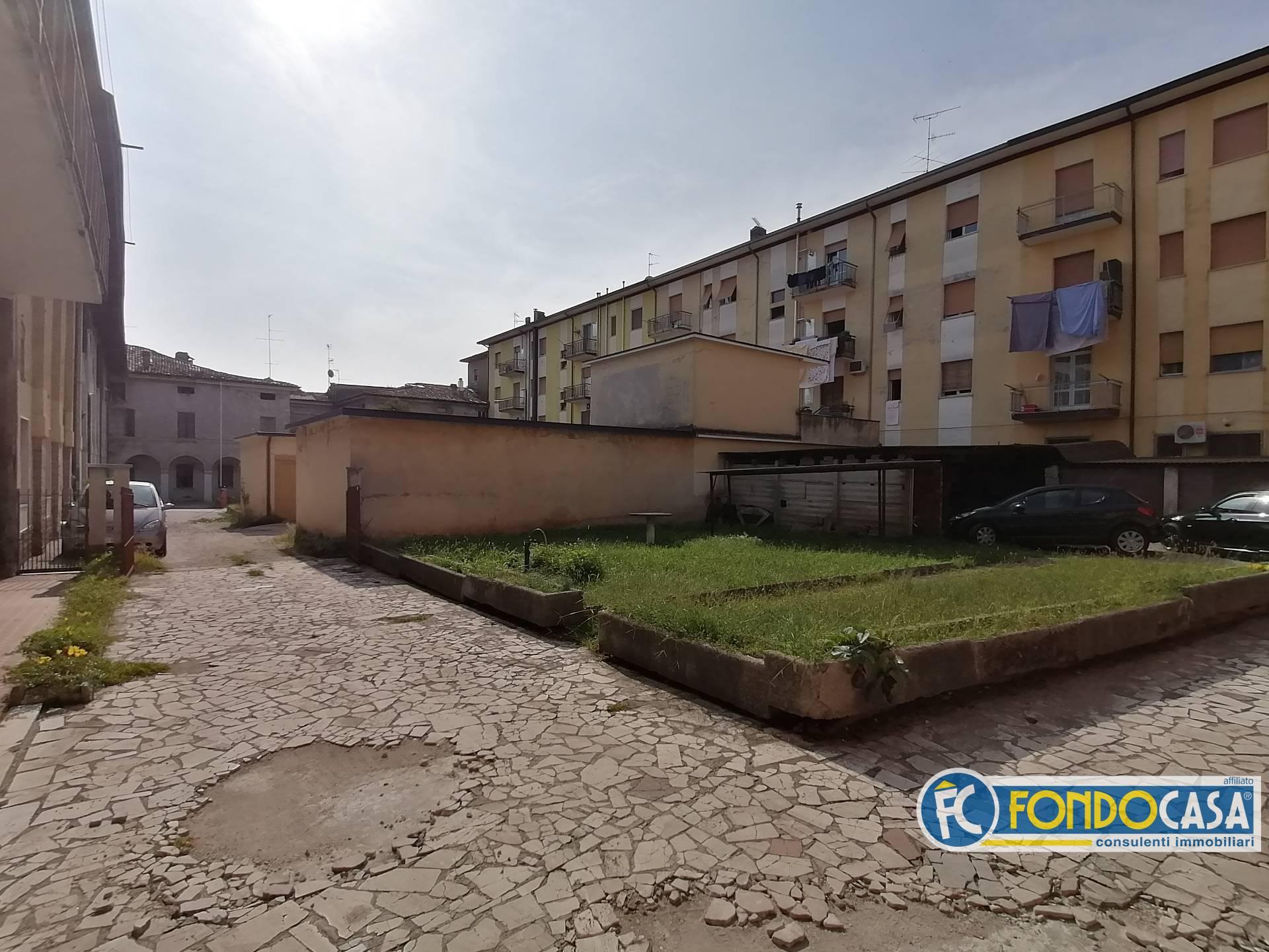 Appartamento in vendita a Bedizzole, 2 locali, prezzo € 36.500 | CambioCasa.it