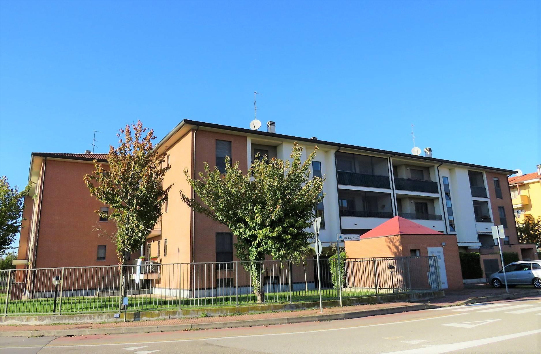 Appartamento in vendita a Opera, 3 locali, prezzo € 218.000 | PortaleAgenzieImmobiliari.it