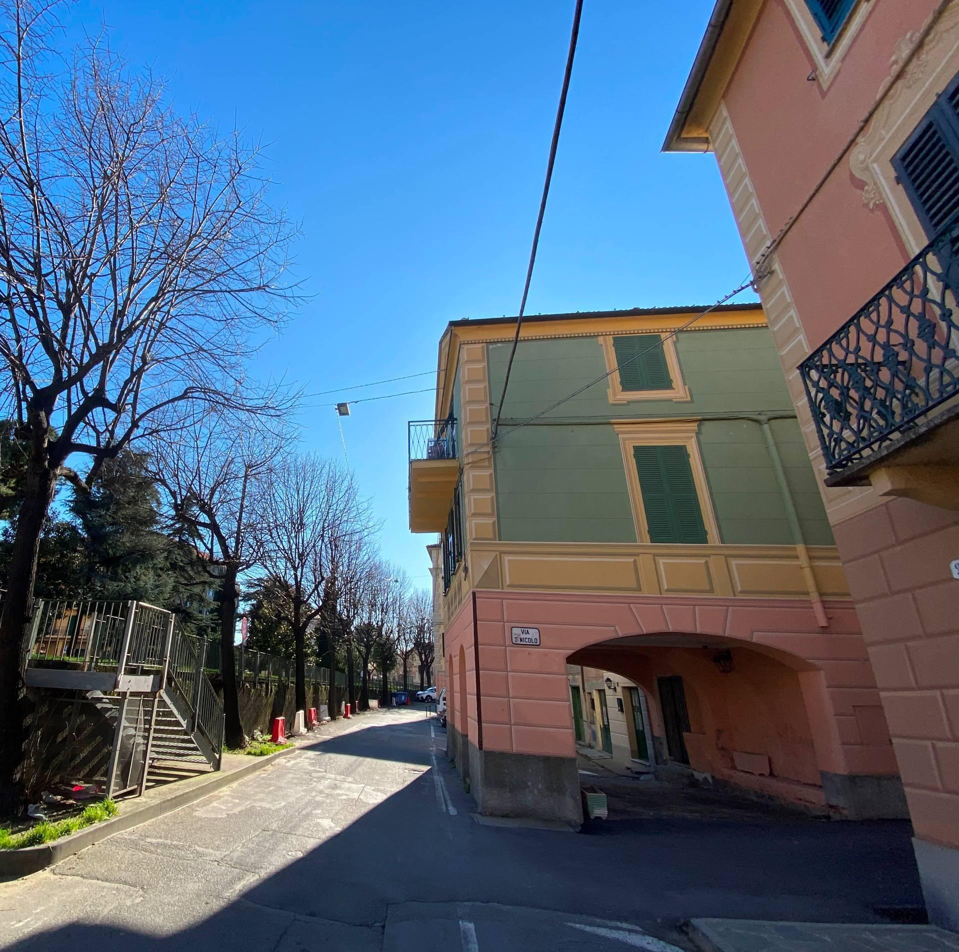 Negozio / Locale in affitto a Albisola Superiore, 9999 locali, prezzo € 350 | PortaleAgenzieImmobiliari.it