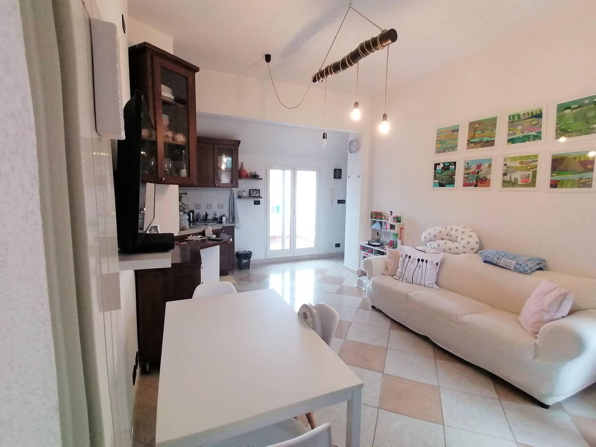 Appartamento in vendita a Albisola Superiore, 3 locali, zona Località: AlbisolaCapo, prezzo € 210.000 | PortaleAgenzieImmobiliari.it