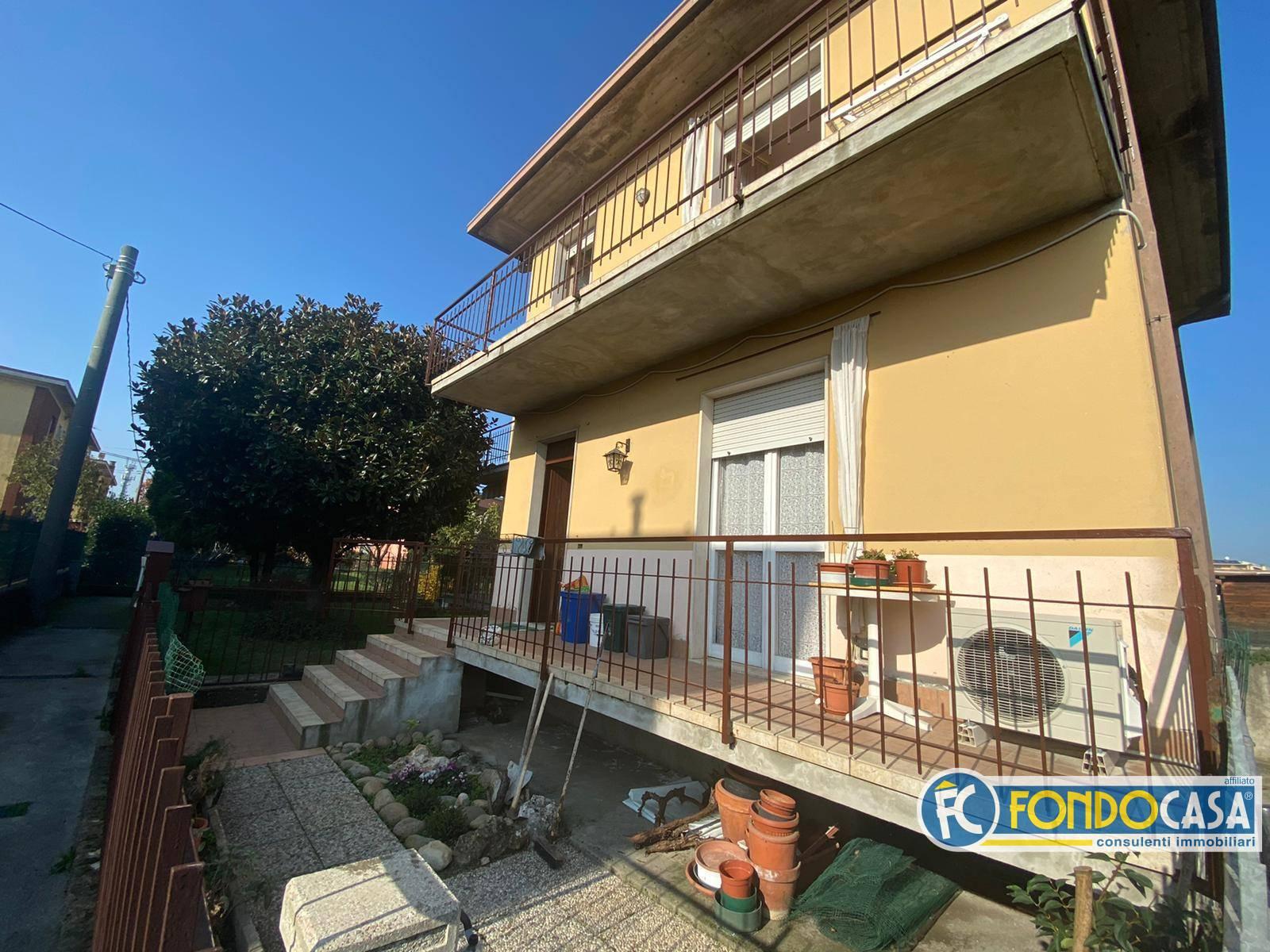 Vendita Villa unifamiliare Casa/Villa Castrezzato 252791