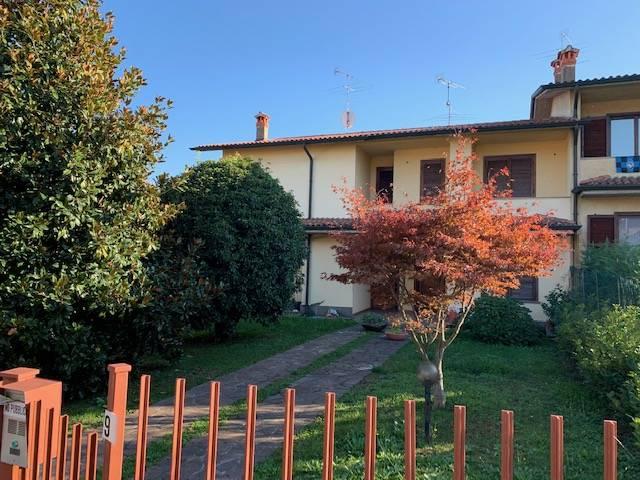 Villa a Schiera in vendita a Grumello del Monte, 5 locali, prezzo € 189.900 | CambioCasa.it