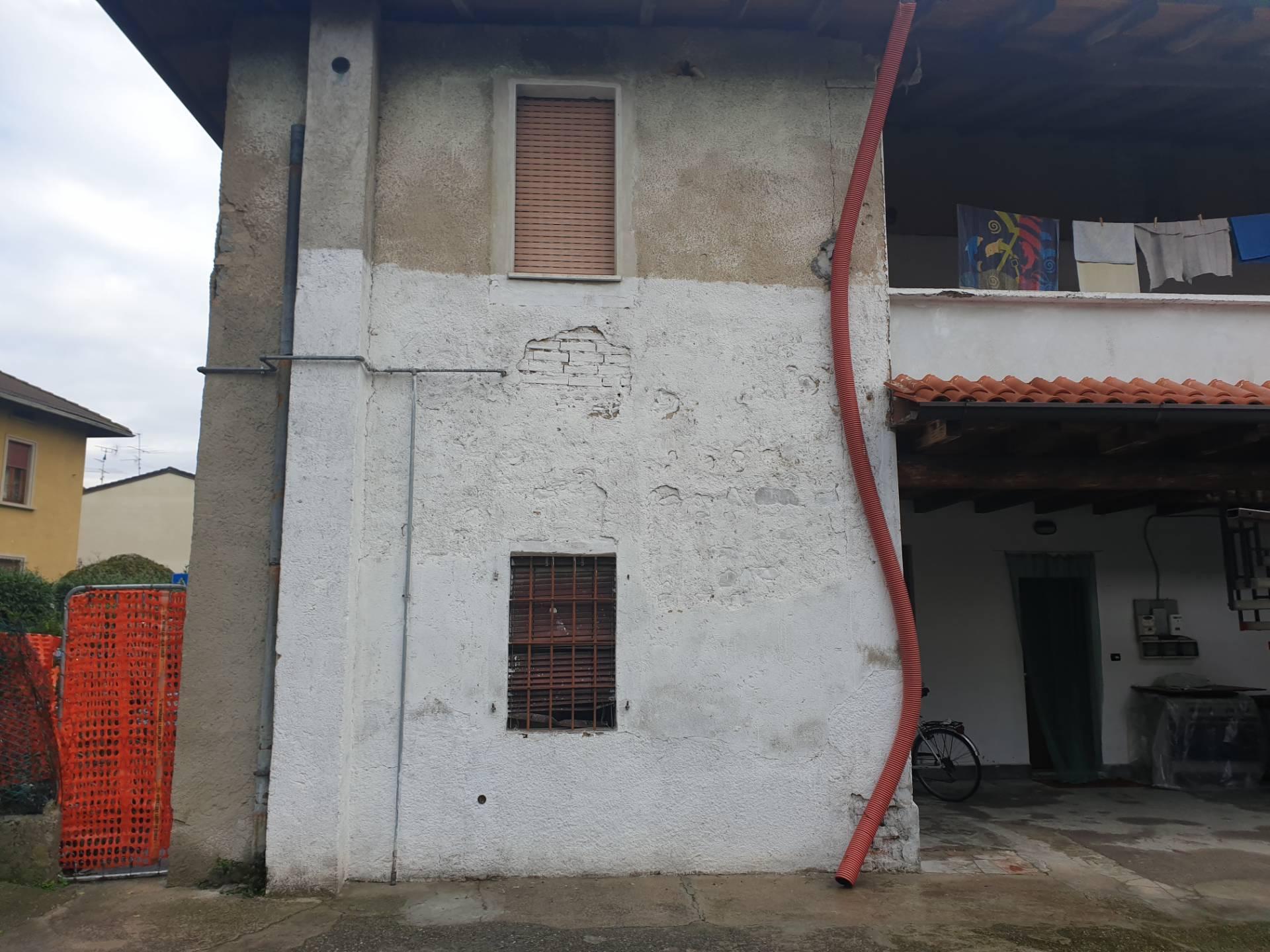 Rustico / Casale in vendita a Palazzolo sull'Oglio, 2 locali, prezzo € 18.500   PortaleAgenzieImmobiliari.it