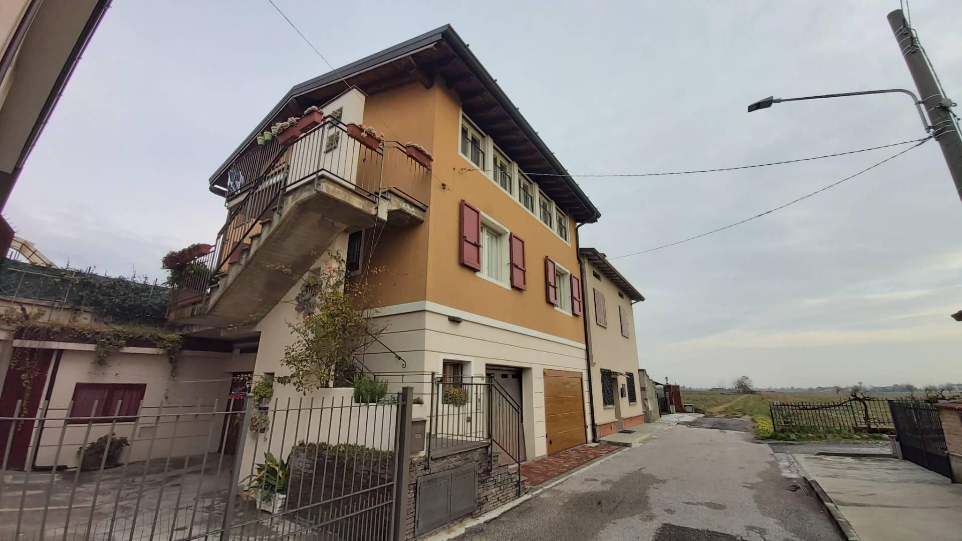 Appartamento in vendita a Ospitaletto, 3 locali, prezzo € 105.000 | CambioCasa.it