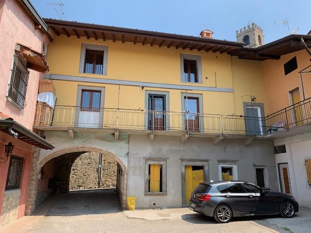Appartamento in vendita a Adro, 2 locali, prezzo € 45.000 | PortaleAgenzieImmobiliari.it